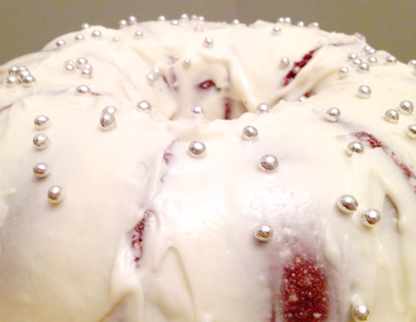 Red Waldorf Bundt (Red Velvet)